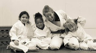 Tori Garten with girls in the kid's Self-defense and Jiu-Jitsu class at Bartman MMA and Self-Defense